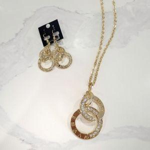 NWT Roman Numeral Juicy Gold Jewelry Set